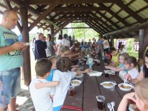 Rodzinny piknik ekologiczny